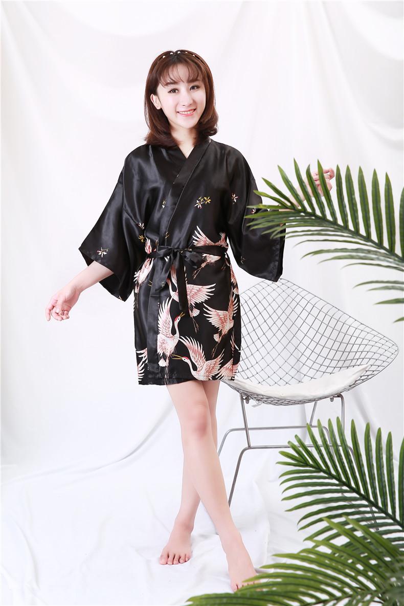 Áo choàng tắm, áo khoác ngủ nữ phi lụa sang trọng 4