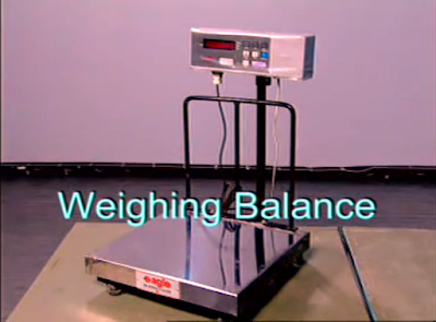 Weighing balance used in Sieve analysis of fine aggregates