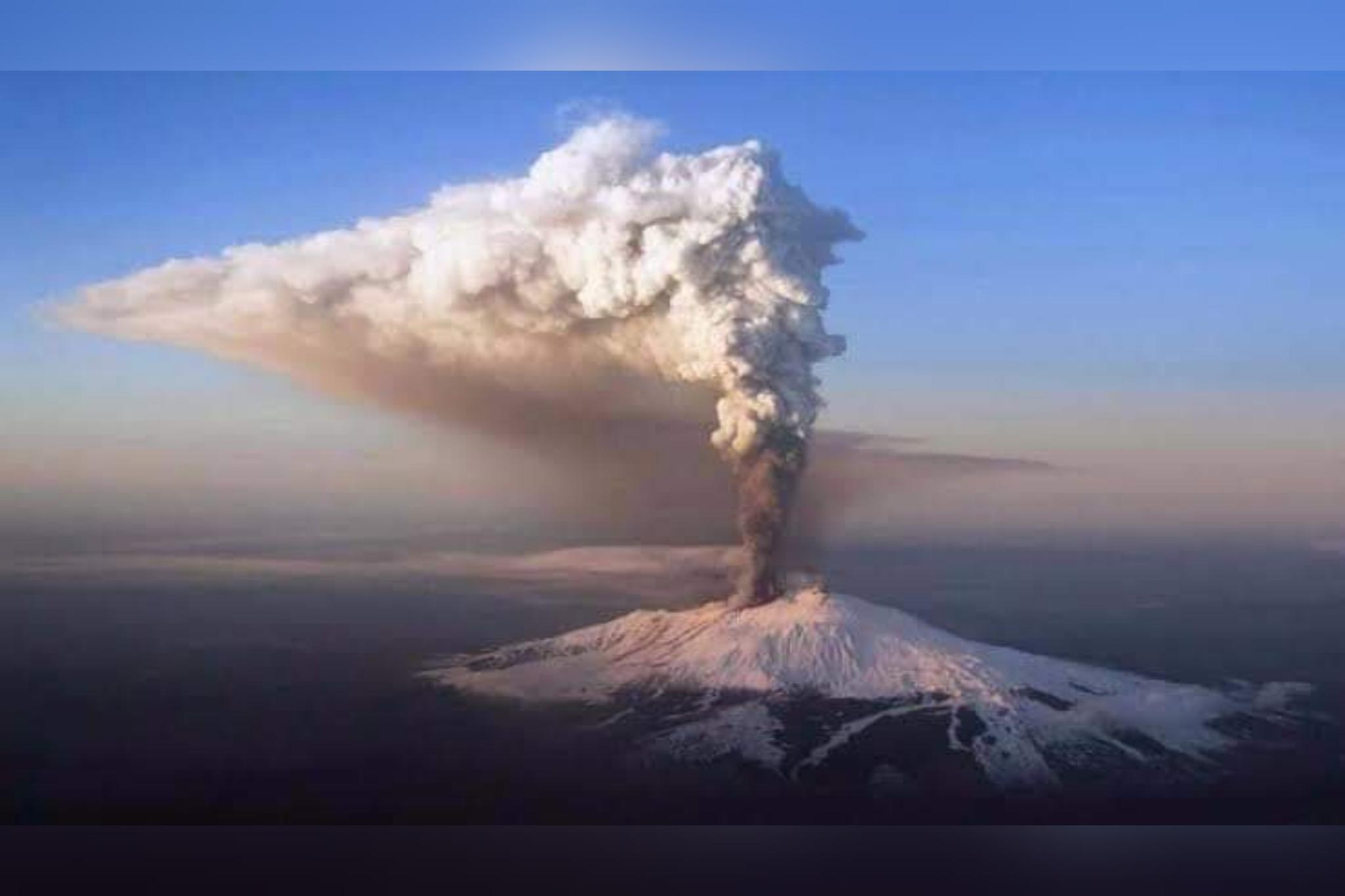 Vulcão entra em alerta amarelo e mega tsunami pode atingir o Brasil, inclusive o litoral do RS