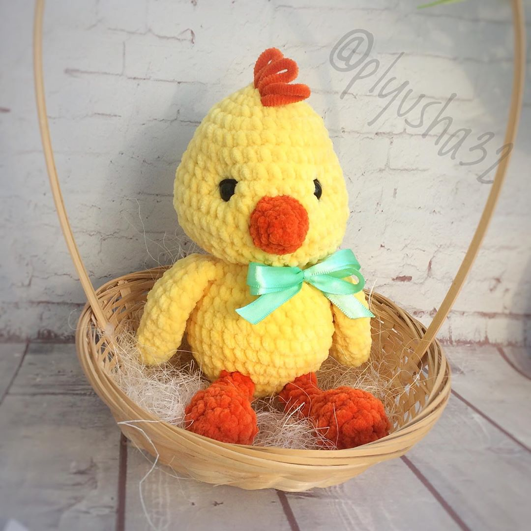 Free pattern - Easter Chick Bust - Dendennis | Crochet | Knit | Craft | 1080x1080