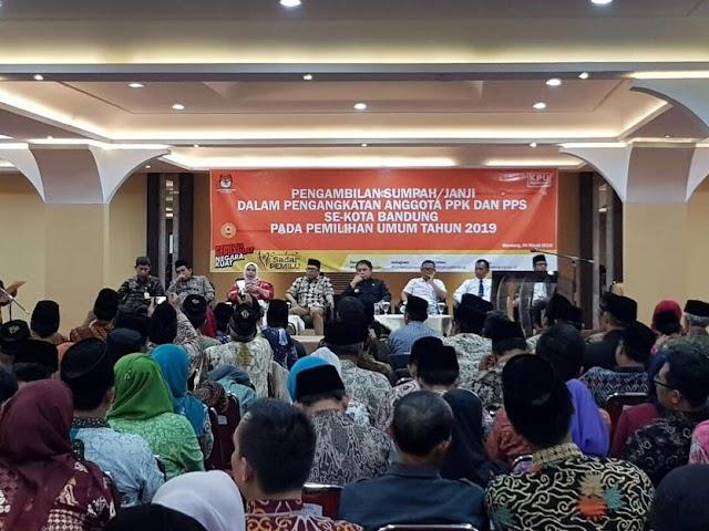KPU Kota Bandung Gelar Pengambilan Sumpah dan Janji PPK dan PPS