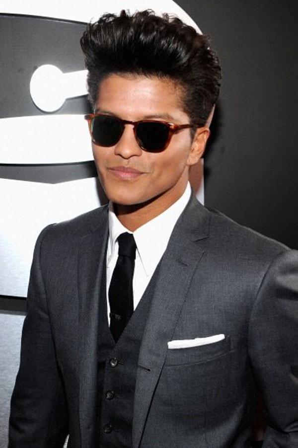Bryce Herper Mens Hairstyles Bruno Mars Hairstyle