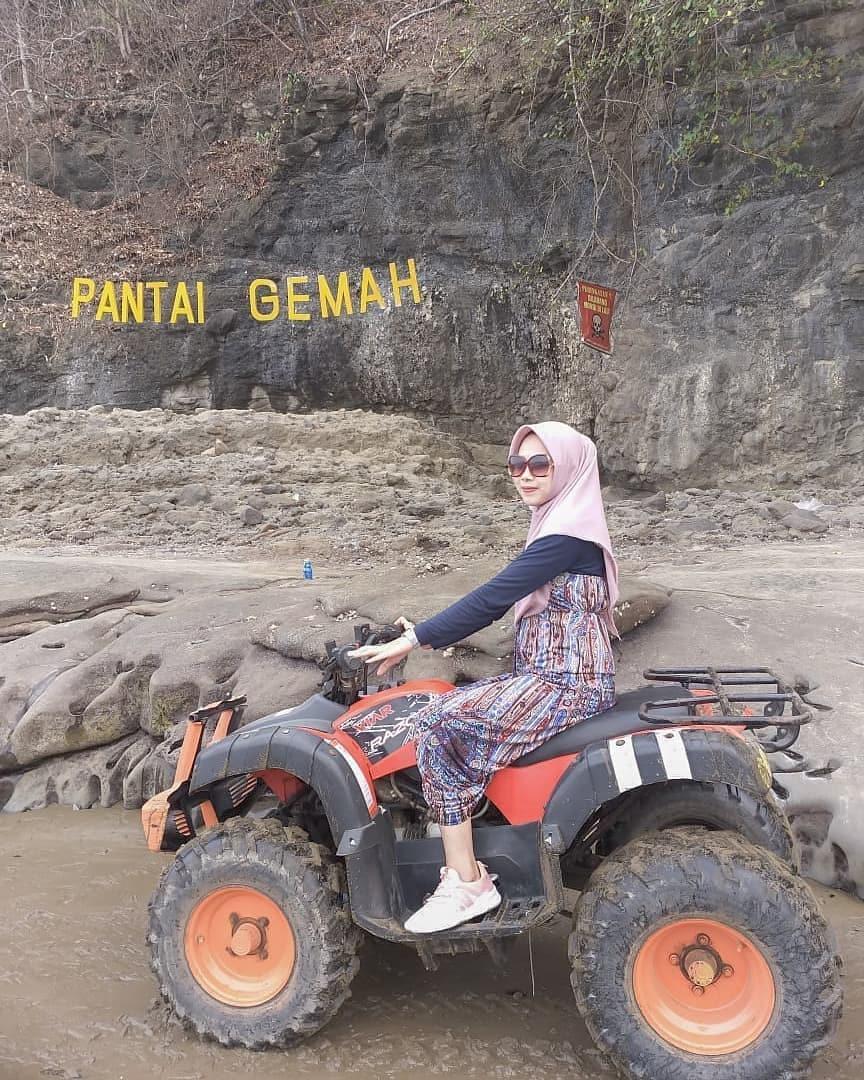Gemah Beach