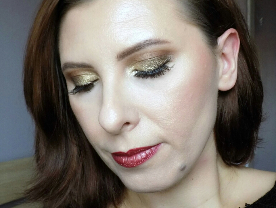 Christmas Day makeup look
