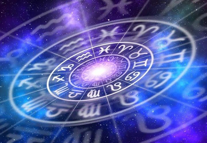 Cruci Zodiac: semne cardinale, semne fixe si semne mobile