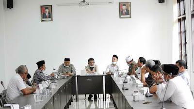 DPRD Lotim Bahas Pengadaan Paket Ramadhan Tahun 2021 Bersama Sejumlah OPD