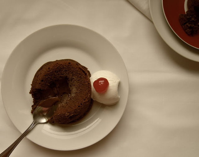 Eggless Molten Lava Chocolate Cake Recipe | A warm chocolate cake that oozes melted chocolate as lava. Perfect for Valentine's day. www.jyotibabel.com
