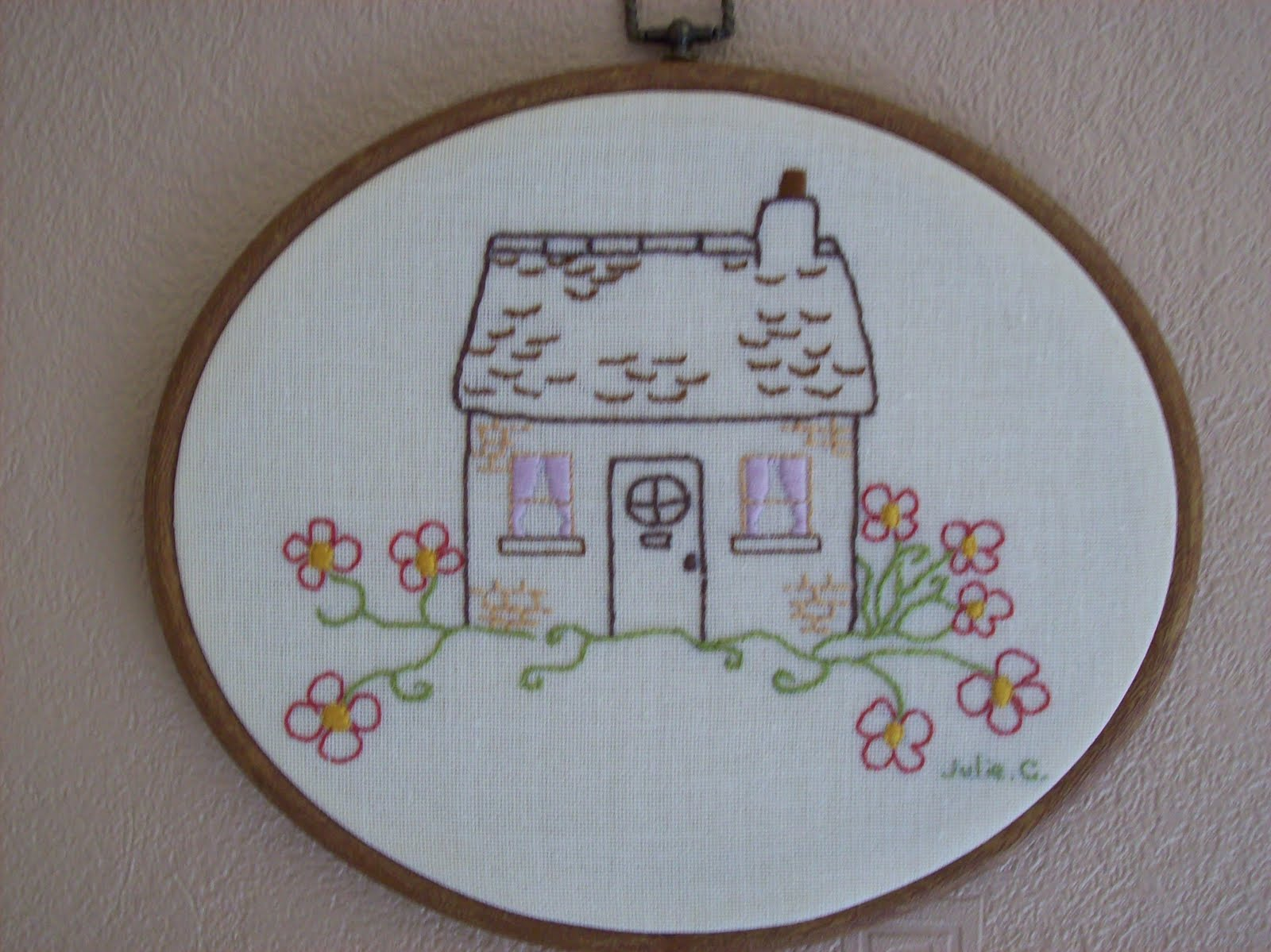 COUNTRY COTTAGE EMBROIDERY