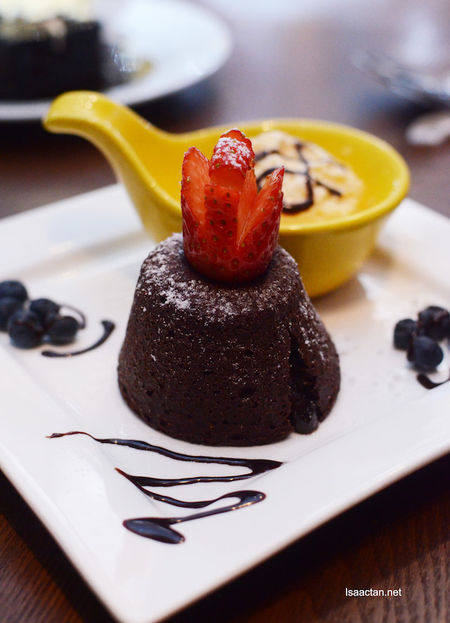 Chocolate Lava Cake with Ice Cream - Rm16