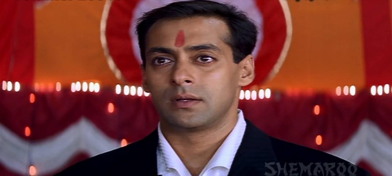 Kahin Pyaar Na Ho Jaaye (2000) 3