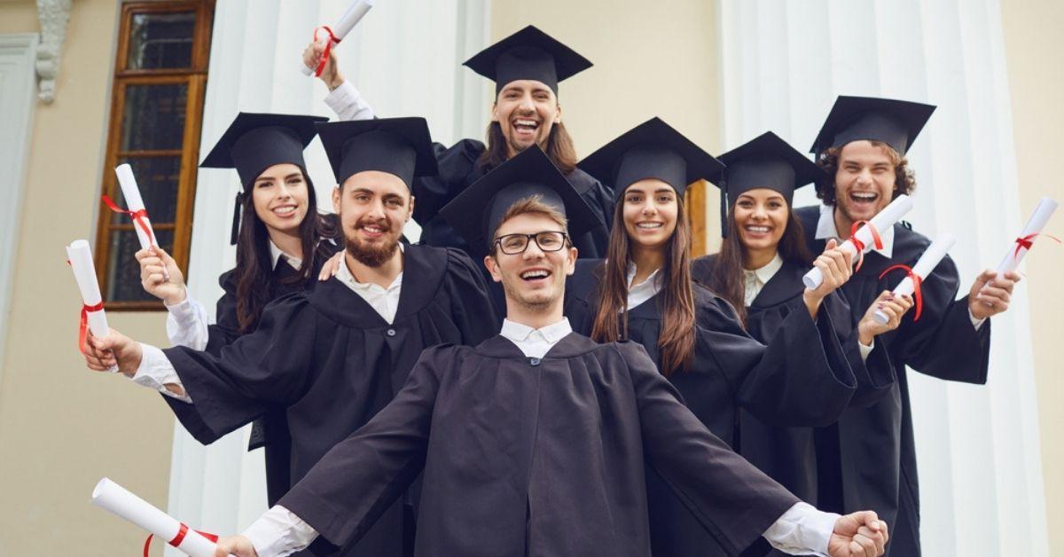 أفضل جامعات التعليم الإلكتروني للطلبة السوريين