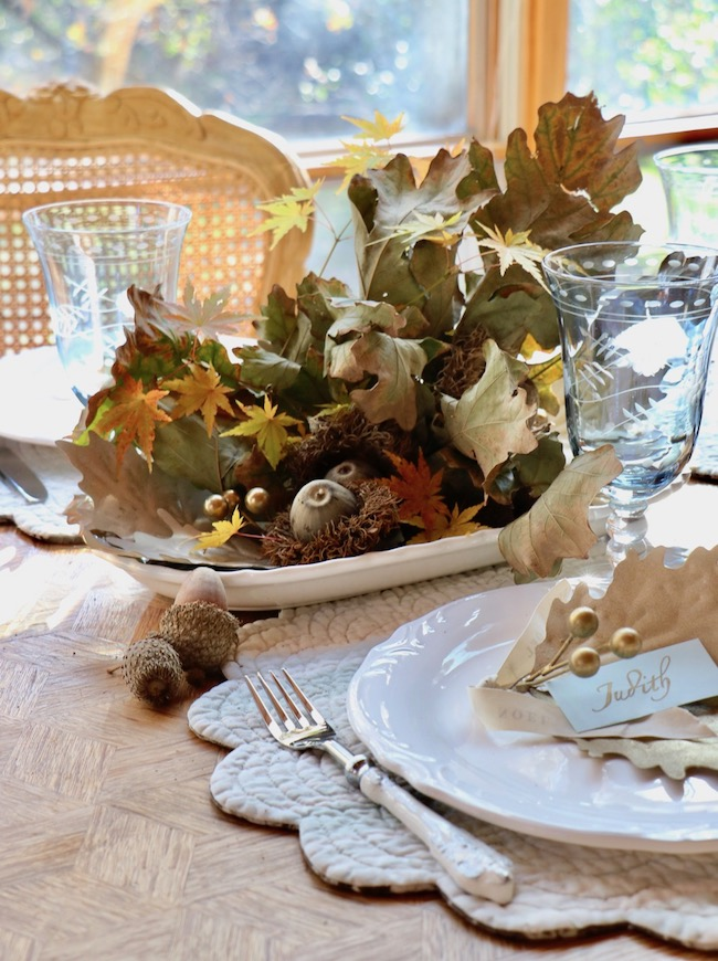 Thanksgiving Natural Centerpiece ideas for natural foliage on a small table