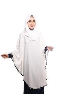 Jilbab Instan Warna Putih Menutup Dada