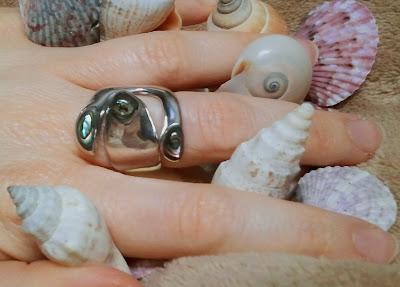 sfringhd - Aphrodite's Abalone Ring