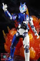 SH Figuarts Kamen Rider Vulcan Shooting Wolf 19