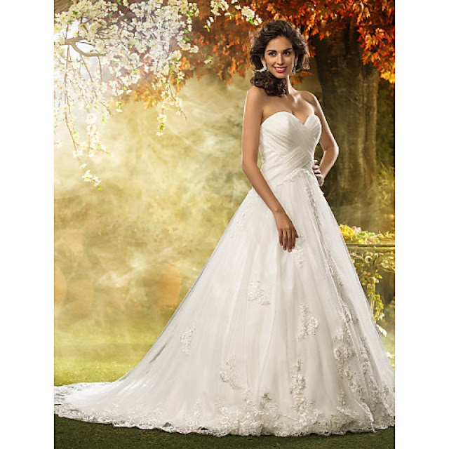 A-line / Princess Petite / Plus Sizes Wedding Dress - Ivory Court Train Sweetheart Tulle