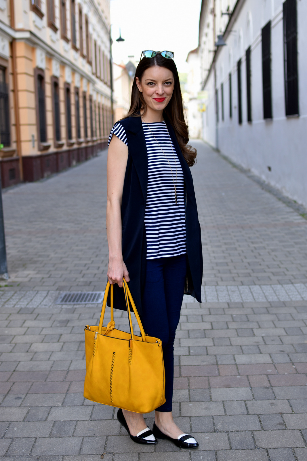 http://www.mademoiselleiva.com/2016/05/striped-t-shirt-with-long-vest.html