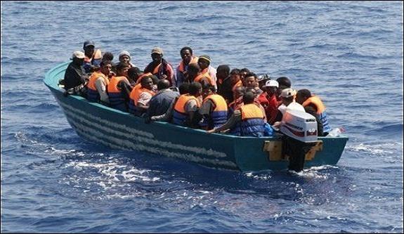 البحرية الملكية تنقذ أزيد من 100 مهاجر من بينهم أسياويون