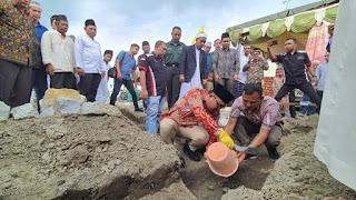 Wakil Bupati Batubara Meletakkan Batu Pertama Pembangunan Pesantren Tahfizh  Al Mumtaz