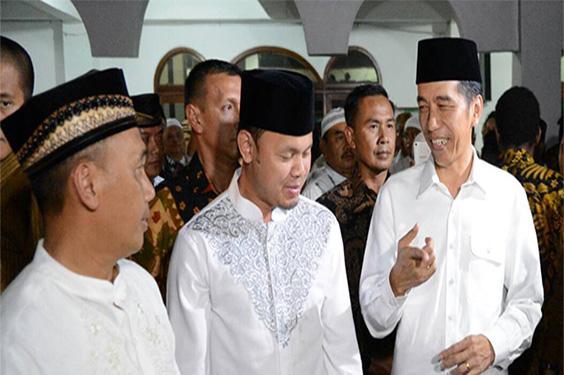 Warga Kaget Presiden Jokowi Shalat di Masjid Al Muslimun