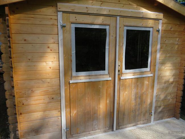 renovation abri jardin bois