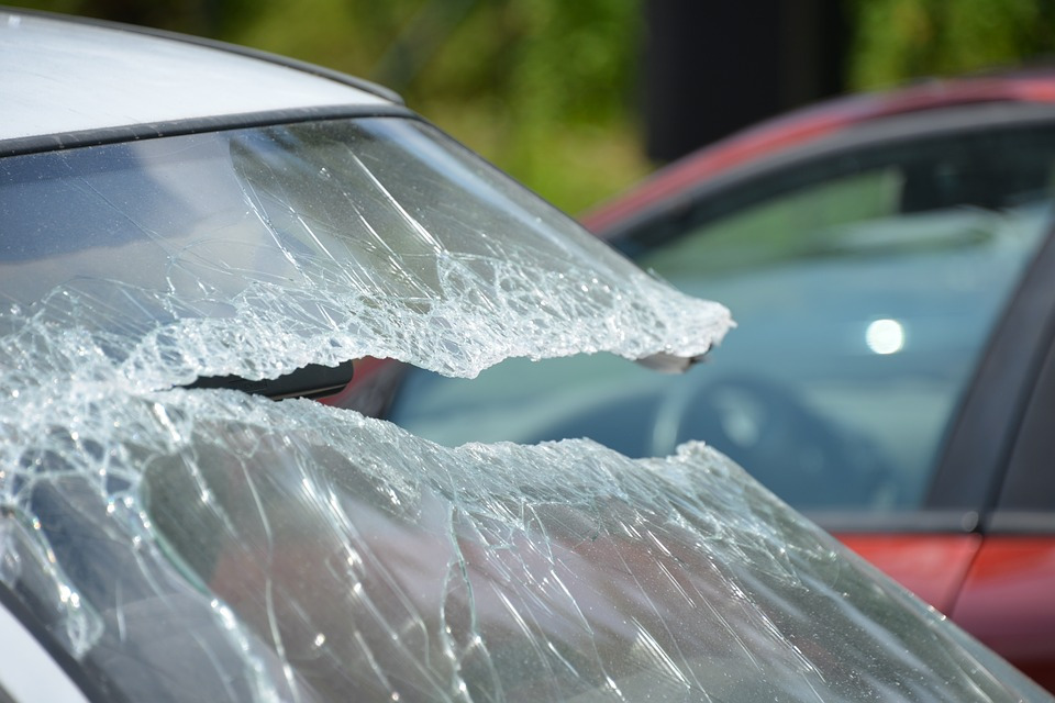 Check The 4 Windscreen Repair Myths You Should Never Believe!