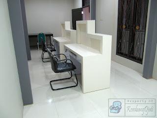 Meja Kerja Front Desk Sesuai Pesanan - Furniture Semarang