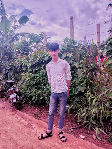 La Ngoc Hung