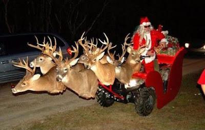 Père Noël et son traineau destroy
