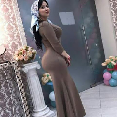 Big Ass Babes Are Posing Almost Naked photos