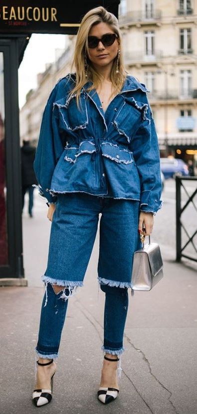 Over 500 Street Style Looks From Paris Fashion Week