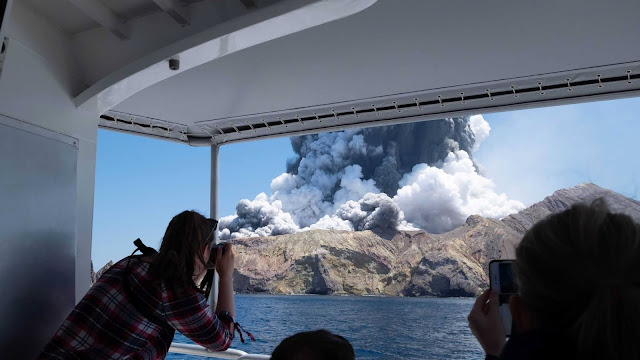 Why Were Tourists Allowed to Visit an Active New Zealand Volcano?