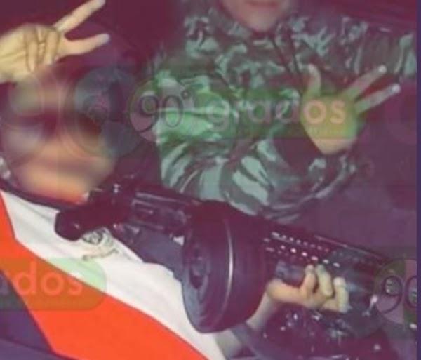 """Niño se arma con ametralladora para ir a cobrar cuotas con Cárteles Unidos """"Soy un vato muy malo"""""""