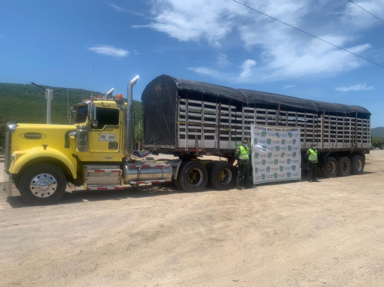 https://www.notasrosas.com/Setra decomisa mercancía por valor de 312 millones de pesos, en diferentes ejes viales de La Guajira