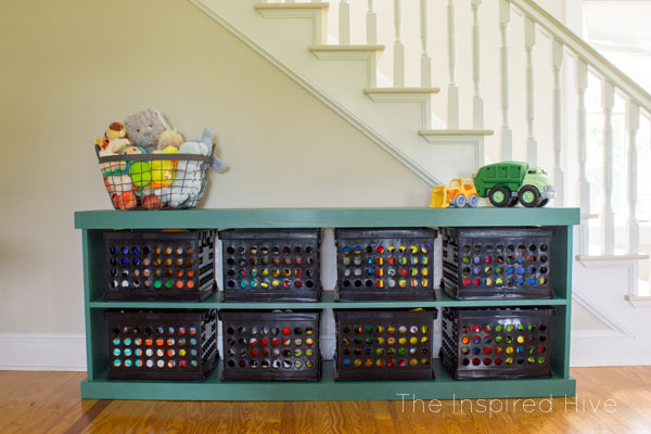 The easy way to build furniture! Learn how simple it is to use the Kreg Jig to build a DIY wooden toy storage shelf.