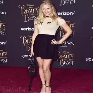 Carly Schroeder Was Famous American Actress, And U.S Army Officer, She Was Born 18 Octomber 1990 In Valparaiso Indiana, She Was Actress And Soldier, Carly Schroeder  Was Height Was 1.58M And Weight Is 58 Kg Pounds. And Kg