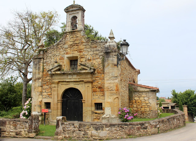 Ermita de S. Antonio en Carriazo. Ribamontán al Mar. Cantabria