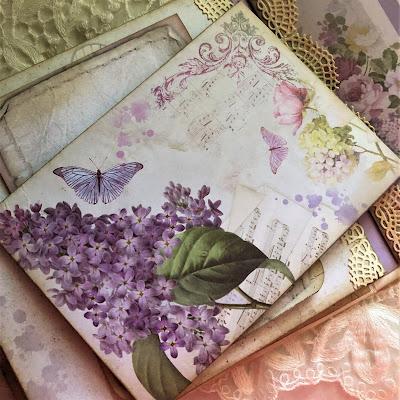 Sara Emily Barker https://sarascloset1.blogspot.com/2019/05/mini-album-tour-featuring-stamperia.html Stamperia Lilac Flowers Tim Holtz Entomology Lace Baseboard Frames Mini Album Tour 15