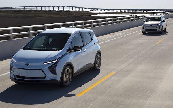 Toyota supera GM e assume liderança de vendas nos EUA