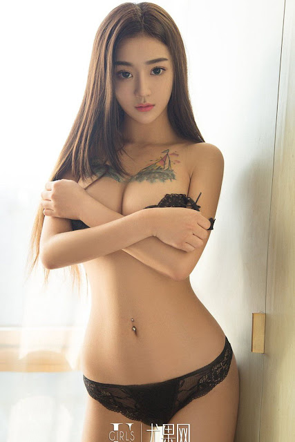 Hot and sexy big boobs photos of beautiful busty asian hottie chick Chinese booty model Ai Ke Si photo highlights on Pinays Finest sexy nude photo collection site.