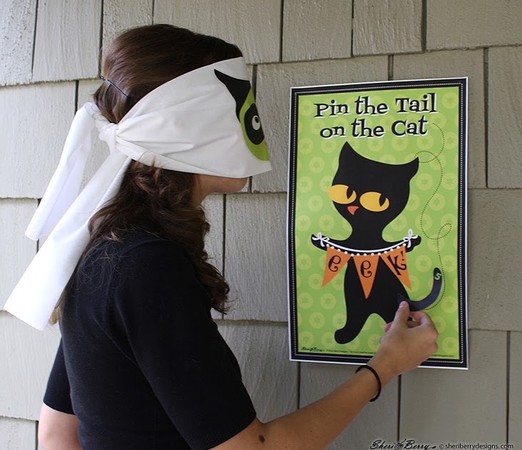 Sheri McCulley Studio: This Black Cat Will Cross Your Path