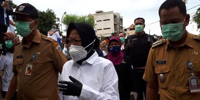 Bu Risma, Ada Banyak Ciliwung Di Luar Jakarta