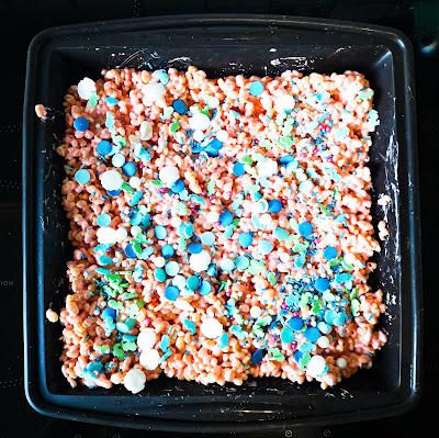 what claire did mermaid no bake traybake cake