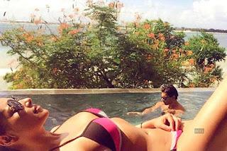 Bikini Bollywood Bipasha Basu in Bikini.jpg