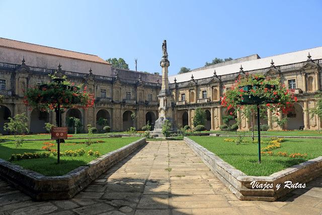 Claustro del Monasterio de Santa Clara-a-Nova de Coimbra
