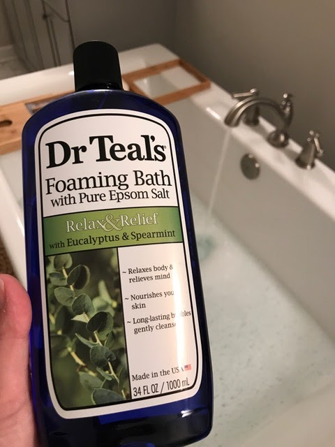 Foaming bath