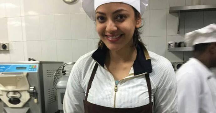 [Image: Kajal-Agarwal-Making-Almond-Biscotti-at-...1%255D.jpg]