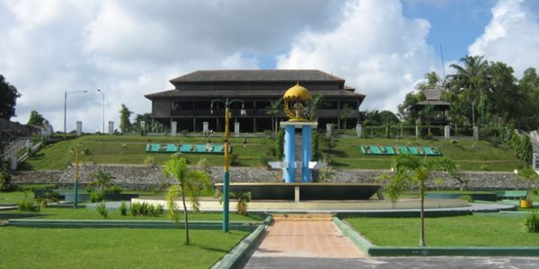 Istana Kuning Pangkalan Bun
