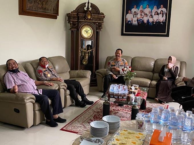 Wakapolda Lampung Anjangsana di Kediaman Warakawuri dan Purnawirawan Polri