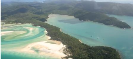tempat wisata terindah di dunia  The Great Barrier Reef dan Pantai Whitehaven